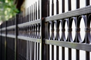 ornamental-aluminum-fence