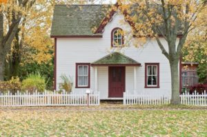 Why Fall is a Great Time to Install Residential Fencing