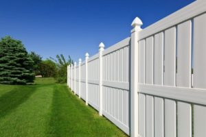 Ways for You to Decorate Your Vinyl Fence